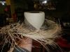 Een hoed die nog niet helemaal af is