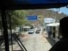 De grensovergang vanuit de bus