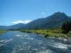 De rivier die we oversteken is veelbelovend