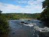 Daarna lopen we nog even bovenlangs de watervallen, als je dit ziet moet je dus omkeren met je bootje
