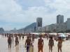 Het strand tussen Leme en Copacabana. Het is een beetje druk vanwege carnaval, maar dat is bijzaak